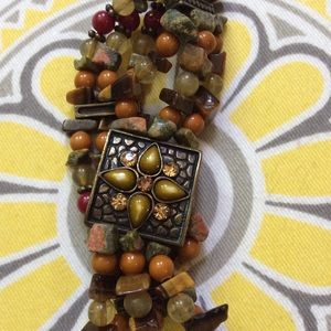 Bracelet with beautiful natural stones
